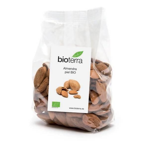 LOGO_Organic brown almond