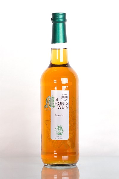 "LOGO_0,7l bottle organic mead ""Masala"" with spice flavor"