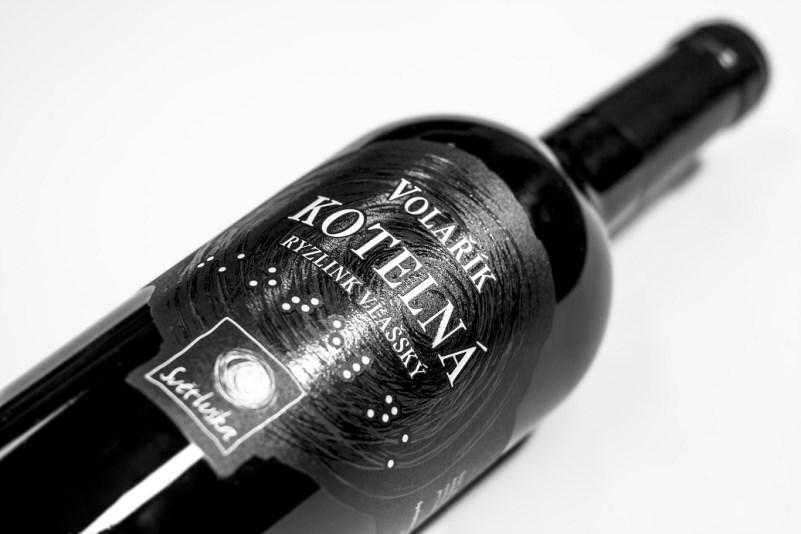 LOGO_Wine labels