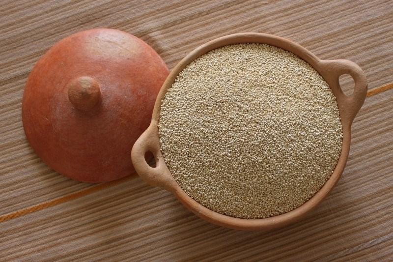 LOGO_Organic Quinoa White: Grain, Flour, Flakes, precooked, gelatinized