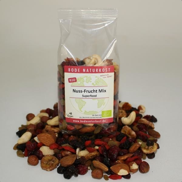 LOGO_organic nut & fruit mix superfood