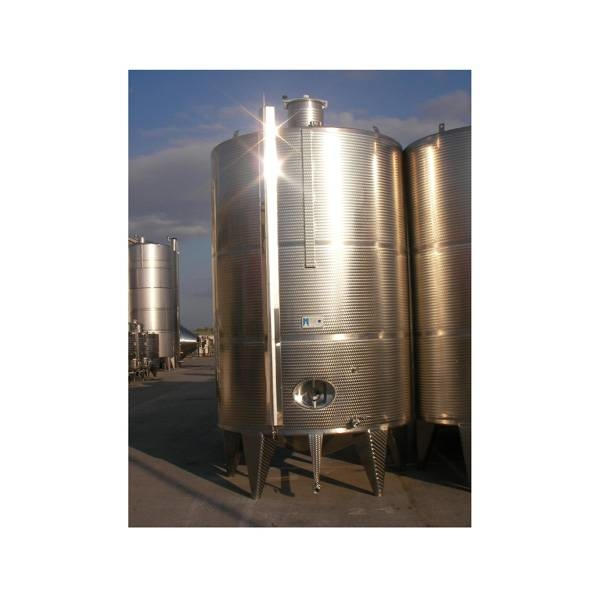 LOGO_Wine tanks