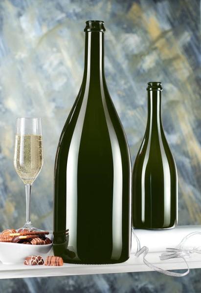 LOGO_Champagne Bottles