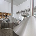 LOGO_Craft and industrial breweries up to 400,000 HL (244,000 barrels)/yr.