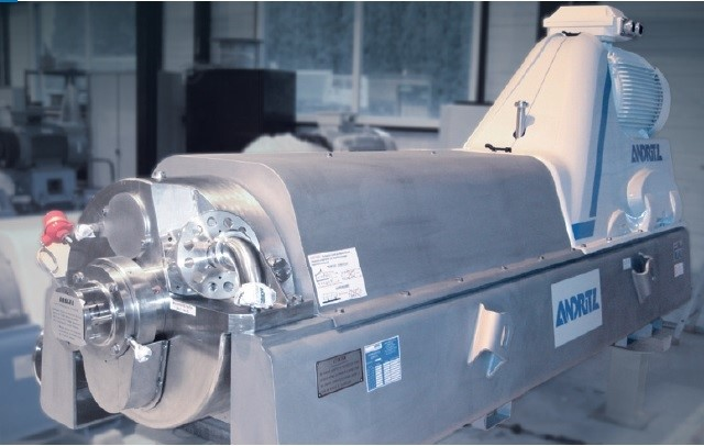 LOGO_F-type decanter centrifuge for efficient recovery in extraction processes