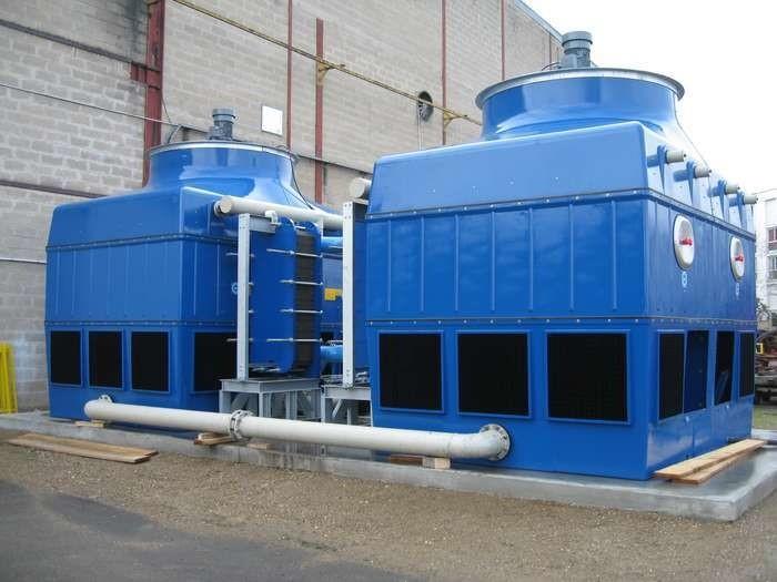 LOGO_EWK-I, Kühlturm für geschlossenen Kühlkreislauf mit externem Platten-Wärmetauscher und Axial-Ventilator