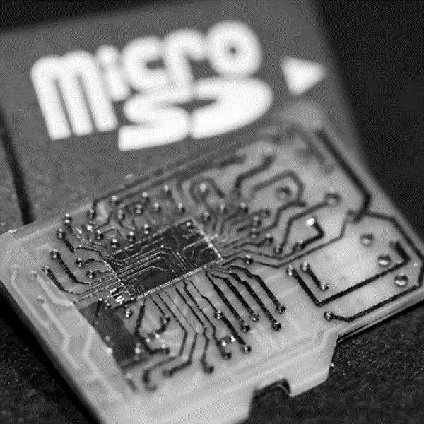 LOGO_S8 - SD/eMMC Flash Speicher Controller