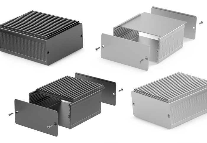 LOGO_Cases with insertable heatsinks