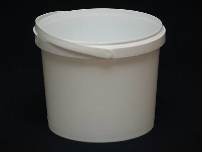 LOGO_PP bucket with safety closure 3