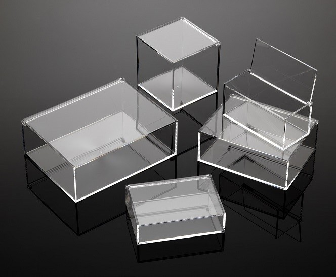LOGO_HIGH END QUALITY BOXES