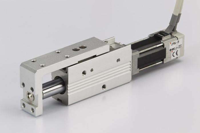 LOGO_Elektrischer Antrieb in handflächengroßer Miniaturausführung