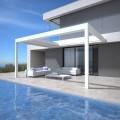LOGO_RENSON® Skye®: Terrassenüberdachung mit rotier- und einziehbaren Aluminiumlamellen