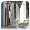 LOGO_Flügelüberdeckende Tür