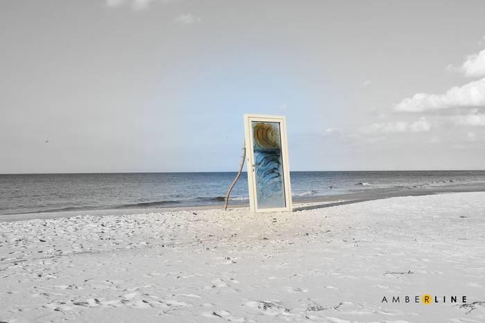 LOGO_Amberglass door