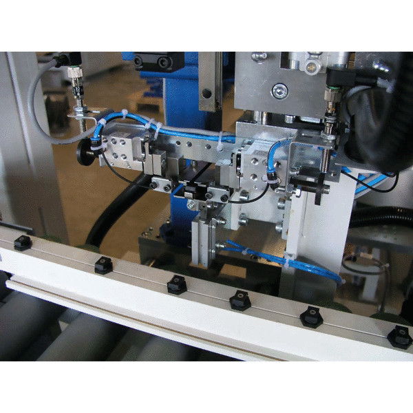 LOGO_Clip mounting machine