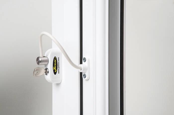 LOGO_Jackloc Mk2 key locking (Standard footplate) 200mm cable restrictor