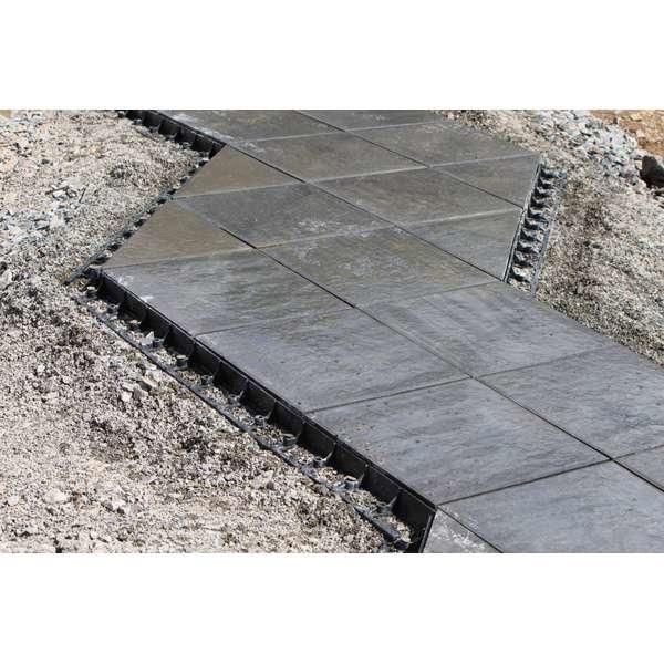LOGO_Terrassenplatten gegen seitliches Abwandern sichern