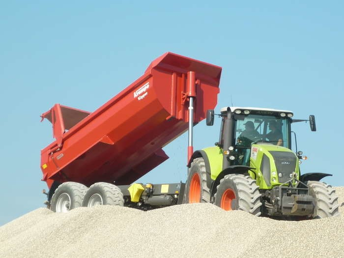 LOGO_Earthmoving tippers SK/HP