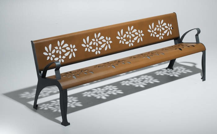 "LOGO_Bench ""Cherry"""