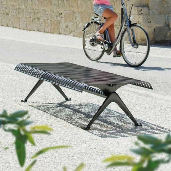 LOGO_PORTO bench