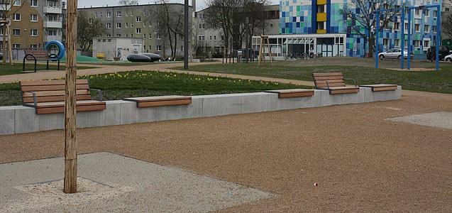 LOGO_DEUCOLOR® T Unser Verwandlungskünstler. Asphalt, der wie Sand wirkt.
