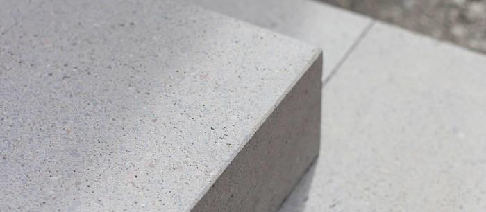 LOGO_grantum – Betonblockstufen und Designobjekte