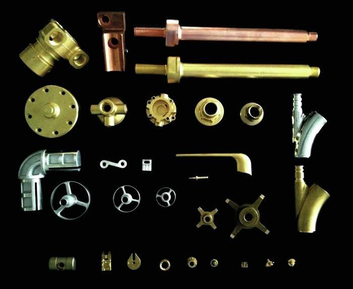 LOGO_Warmgepresste und bearbeiteite Teile aus Messing, Kupfer, Aluminium
