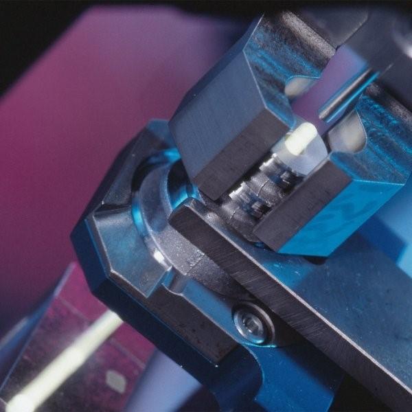 LOGO_Bohrungsprüfung mit automatischer Endoskopie