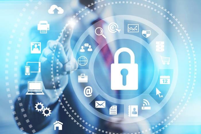 LOGO_Berufsbegleitender Fernstudiengang Informatik/IT-Sicherheit (Bachelor)