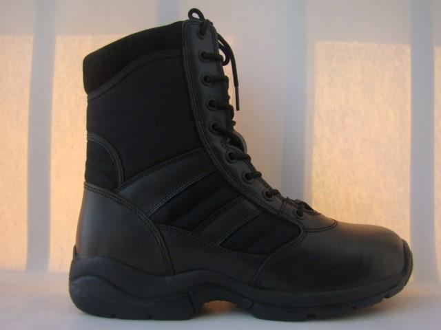 LOGO_desert boots