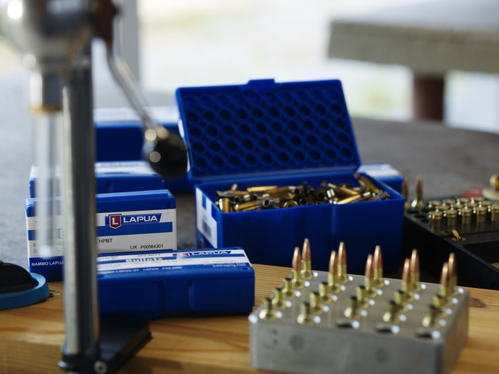 LOGO_Reloading Components