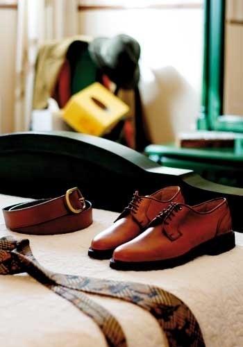 LOGO_Footwear