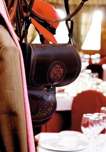 LOGO_Ladies Bags