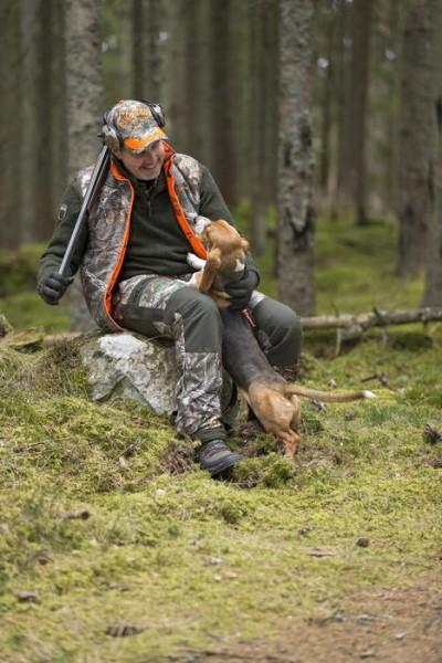 LOGO_Pinewood® Red Deer Weste
