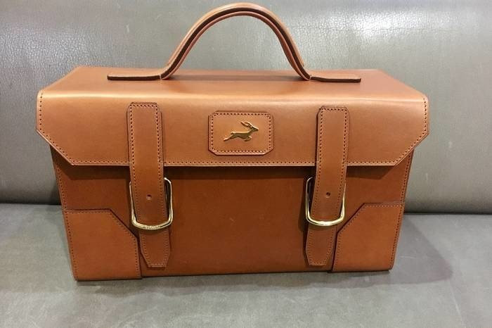 LOGO_Leather cartridge box