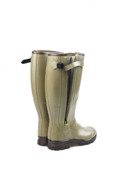 LOGO_Wellington boots