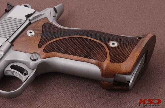 LOGO_Colt 1911 Target Grips