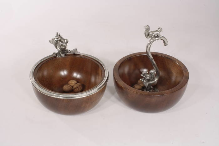 LOGO_nuts bowl in antique finish wood and pewter