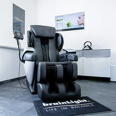 LOGO_brainLight-Komplettsystem mit Shiatsu-Massagesessel 3D FLOAT PLUS