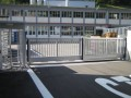 LOGO_telescopic sliding gates, cantilevered or on tracks