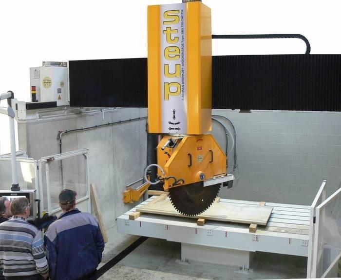 LOGO_5 Achsen - CNC - Brückensäge