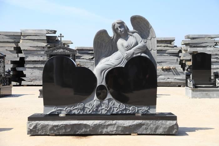 LOGO_gravestone 2