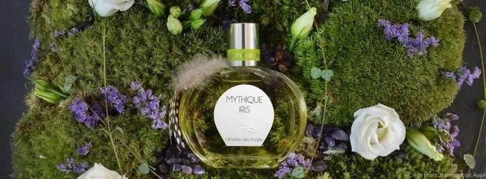 LOGO_Aimée de Mars - Mythique Iris