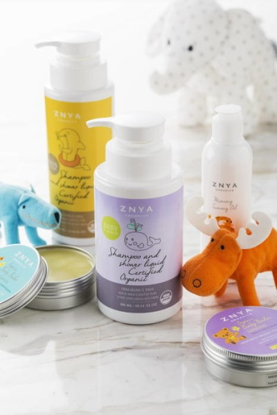 LOGO_Certified Organic Mom & Baby products