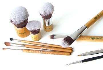 LOGO_Cosmetic brushes
