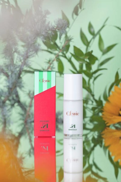 LOGO_Specifique Brightening Serum .21