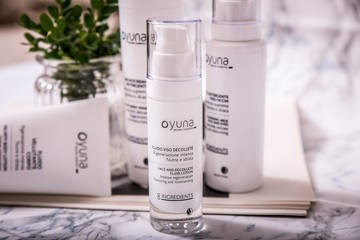LOGO_OYUNA 8INGREDIENTS - Face and décolleté fluid lotion Nurturing and moisturizing